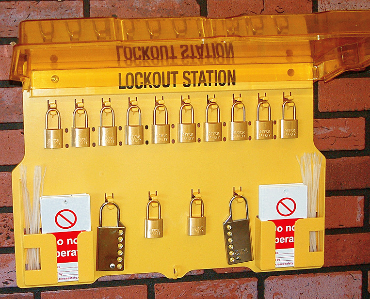 Lockout Station/hinged cover - with contents